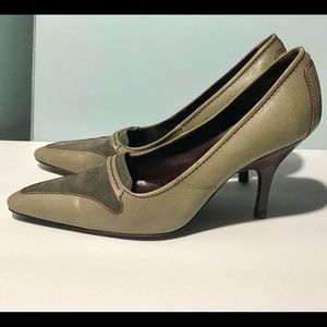 Tod's Heels Pumps Olive Green Suede Leather 8.5 M